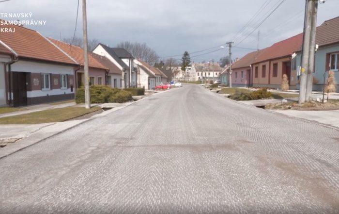 Rekonštrukcia cesty medzi Naháčom a Dubovým je v plnom prúde